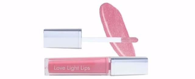 Love Light Lips Peace