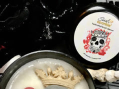 swirl and sparkle brush cleanser skull