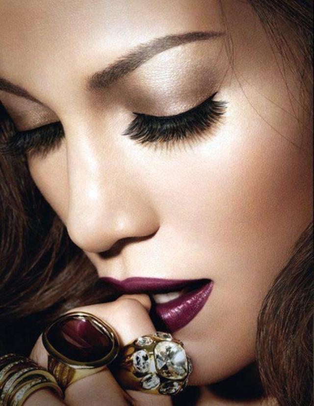 dark-lip-liner