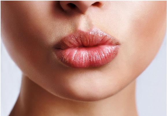 Cynthia Rowland luscious lips